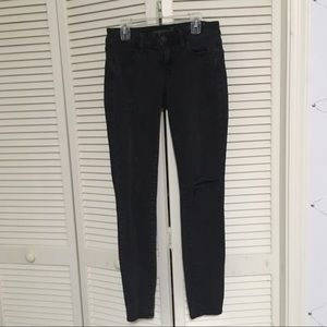 American Eagle Gray Distressed Jeggings
